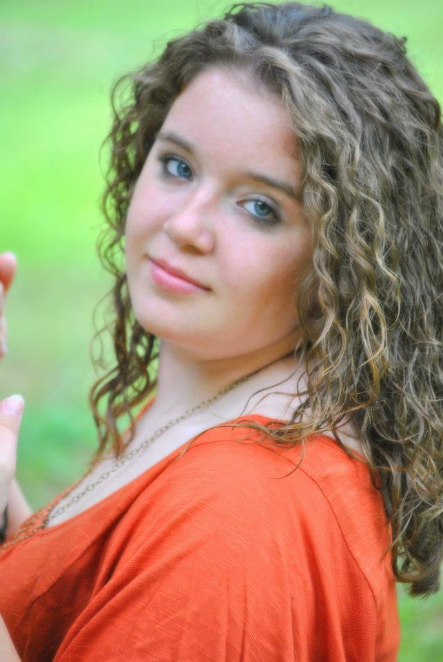 2015-Scholarship-Winner-Olivia-McGarvey